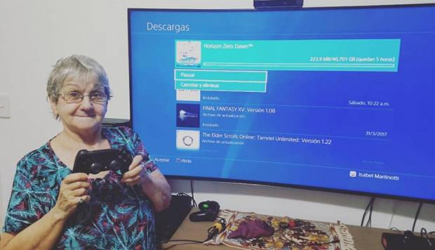 Playstation Abuela Gamer Prohibe A Su Nieto Jugar Con La Ps4 Por