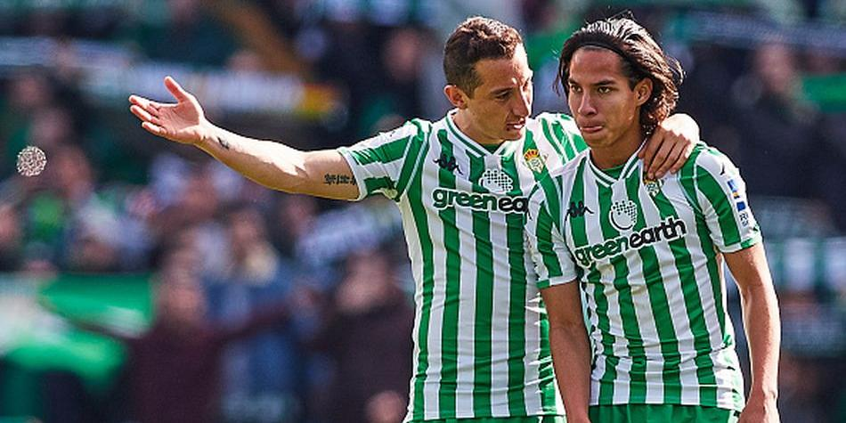 El reto de Diego Lainez y Andrés Guardado en el Betis vs. Rennes por la Europa League. (Getty Images)