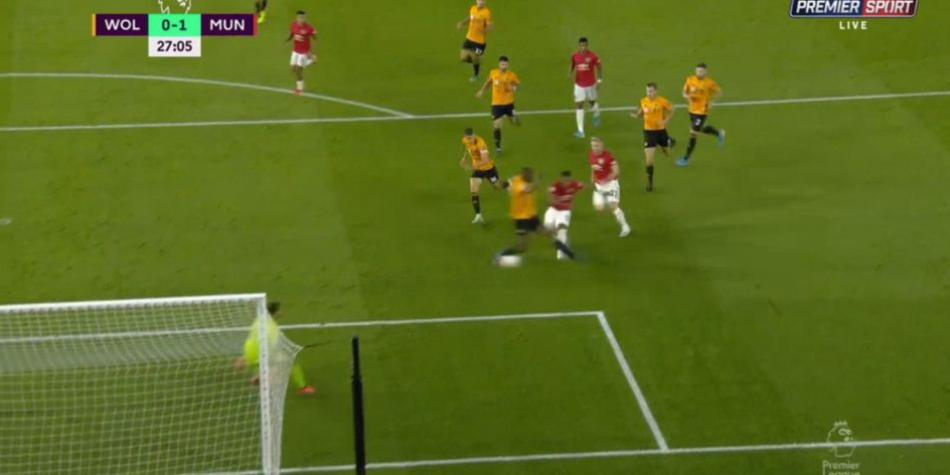 Martial anota el 1-0 del Manchester United contra Wolves. (Twitter)
