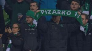 Claudio Pizarro ovacionado en el estadio de Werder Bremen (Foto y video: YouTube).
