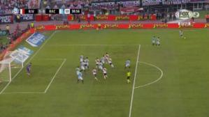 Golazo de Juanfer Quintero en el River-Racing. (FOX Sports 2)