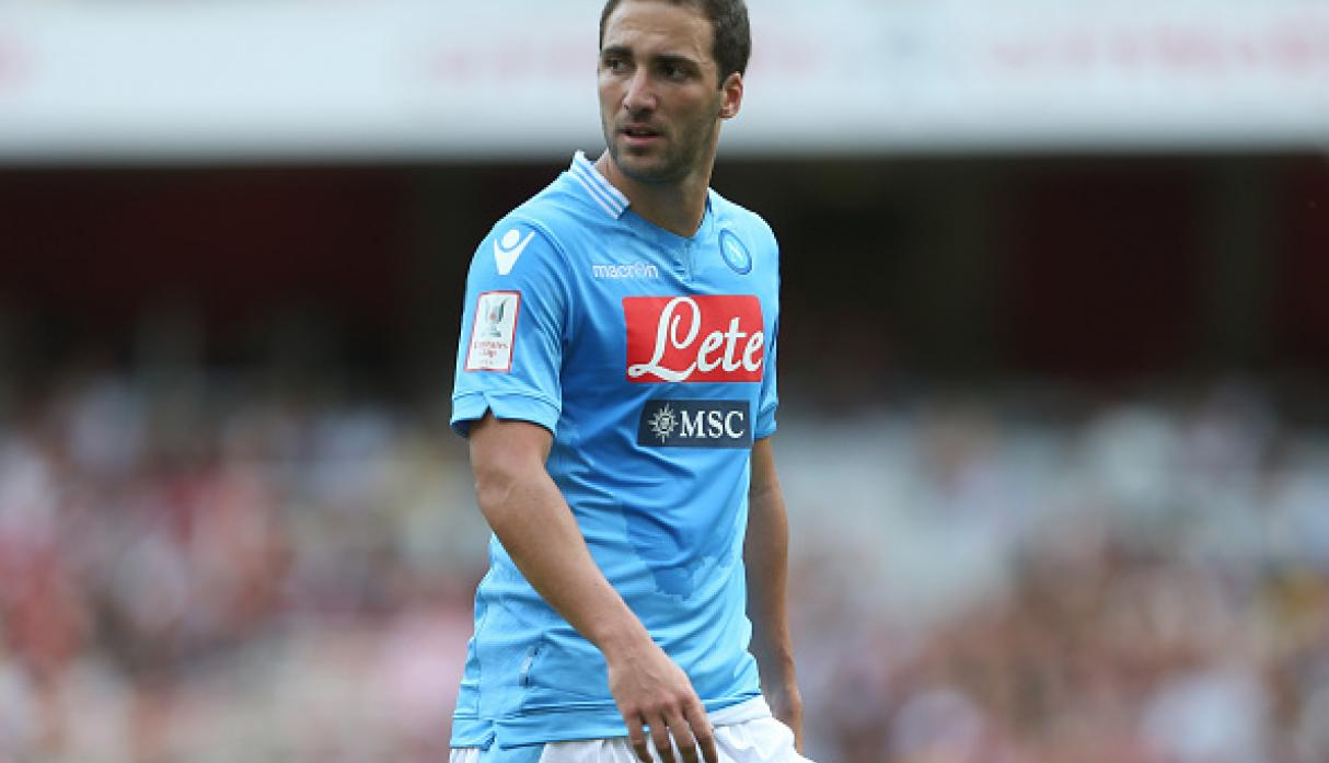 Gonzalo Higuaín - Real Madrid a Napoli 39 millones
