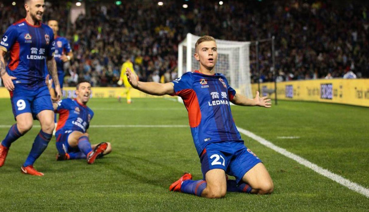 Riley McGree al Melboune City (Newcastle Jets)