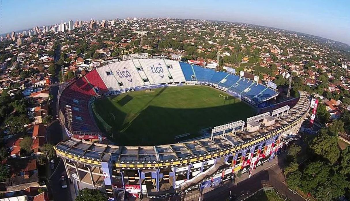 Estadio: Defensores del Chaco / Capacidad: 42,354 / Club: Paragya. (USI)