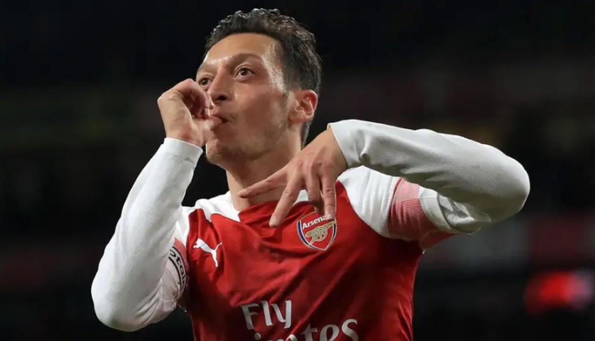 Mesut Özil | 25,8 millones de euros. (Getty Images)
