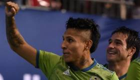 Y volvió a 'picar': Ruidíaz anotó en victoria del Seattle Sounders por la MLS [VIDEO]