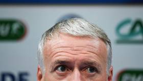 Bien custodiado: Deschamps envió advertencia a Dembélé por sus tardanzas en el Barcelona