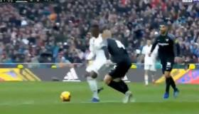 ¡El Bernabéu de pie! El increíble amague de Vinicius Junior en Real Madrid-Sevilla por LaLiga [VIDEO]